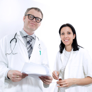 who-makes-a-better-doctor-a-man-or-a-woman_300