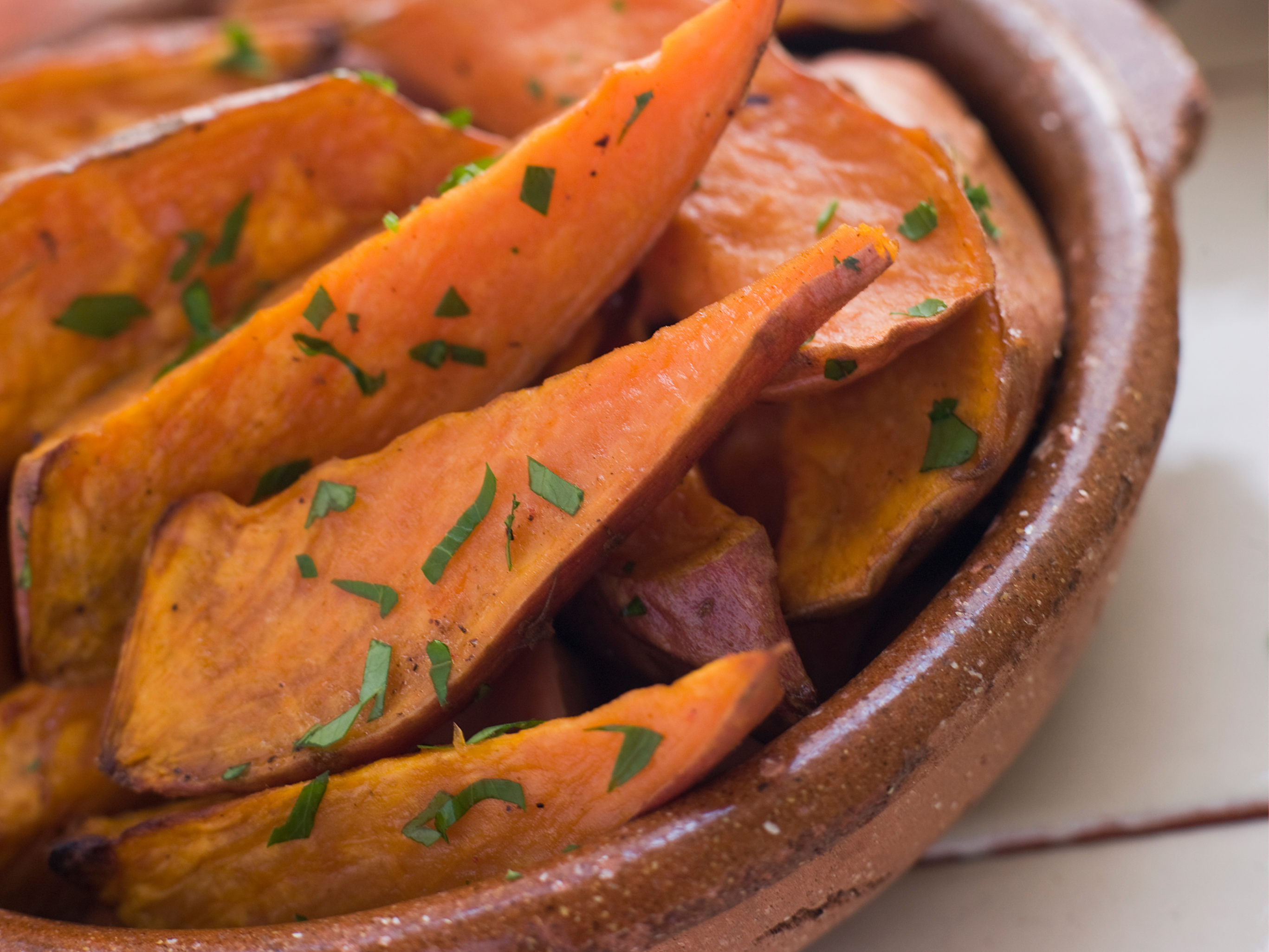 In the kitchen with Kelley: Garlic Sweet Potato Wedges