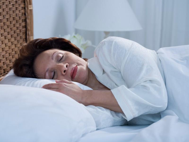Mature sleeping women-1270