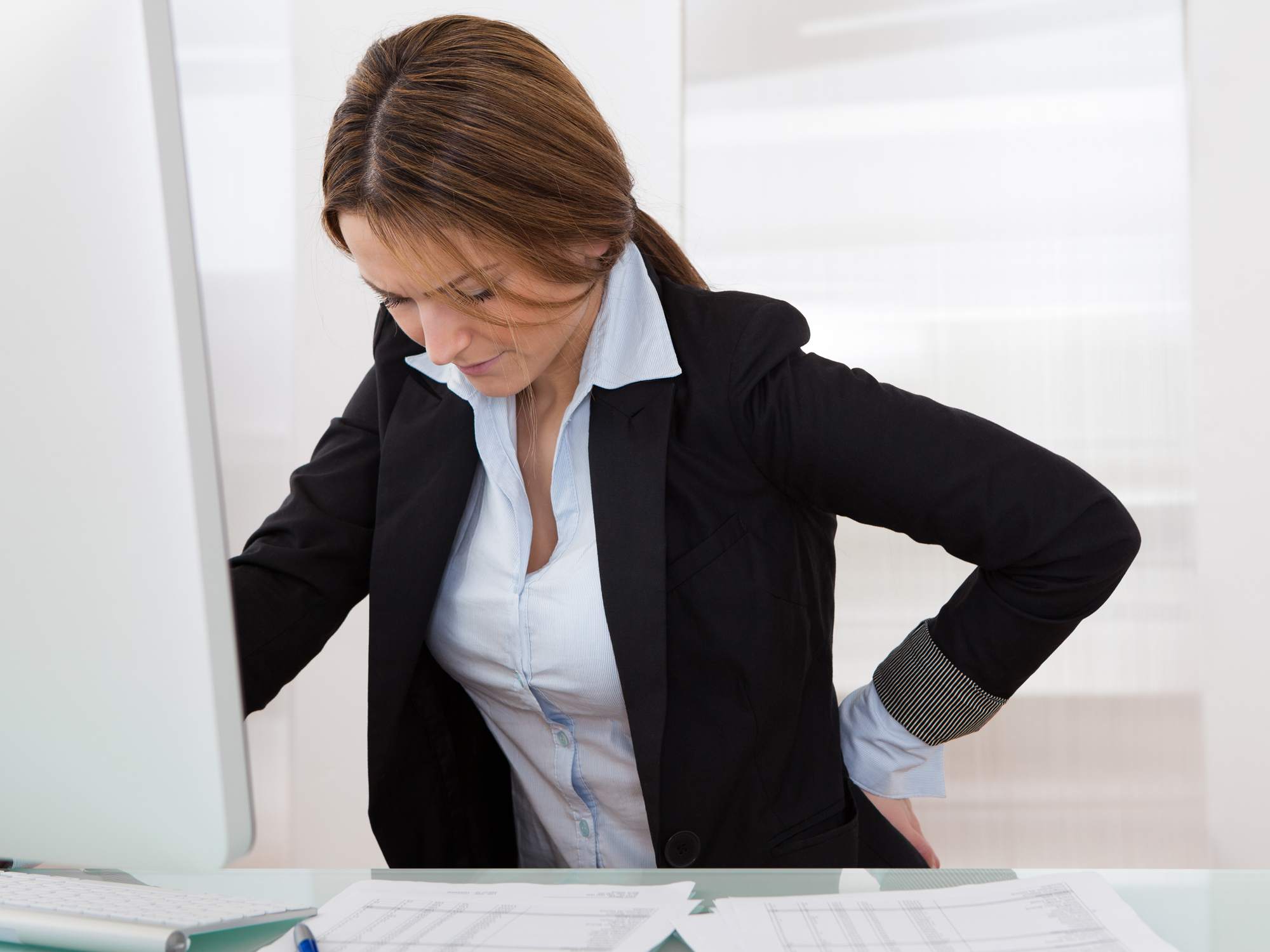 5 safe moves to prevent back pain - Easy Health Options®