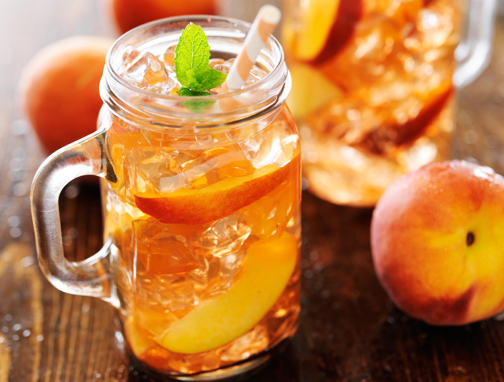 Recipe: Peachy green tea cooler - Easy Health Options®