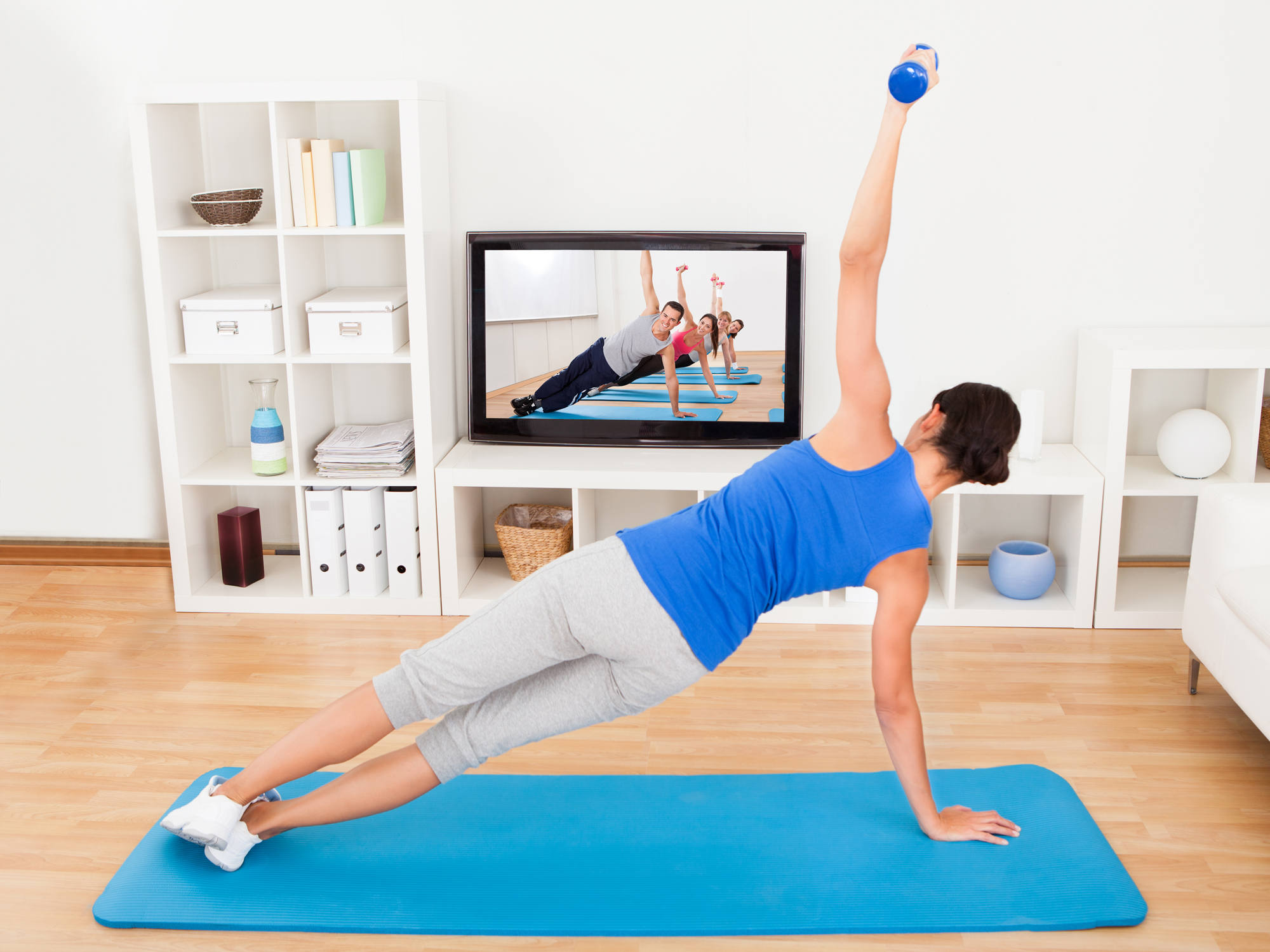 how to set up a home gym on a budget easy health options. Black Bedroom Furniture Sets. Home Design Ideas