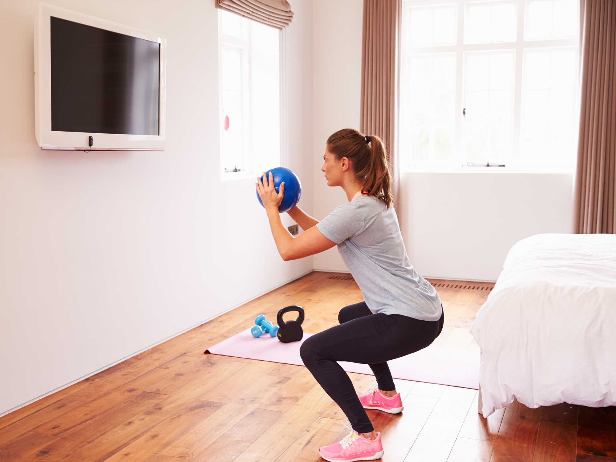 3+ ways to raise and tighten your tush