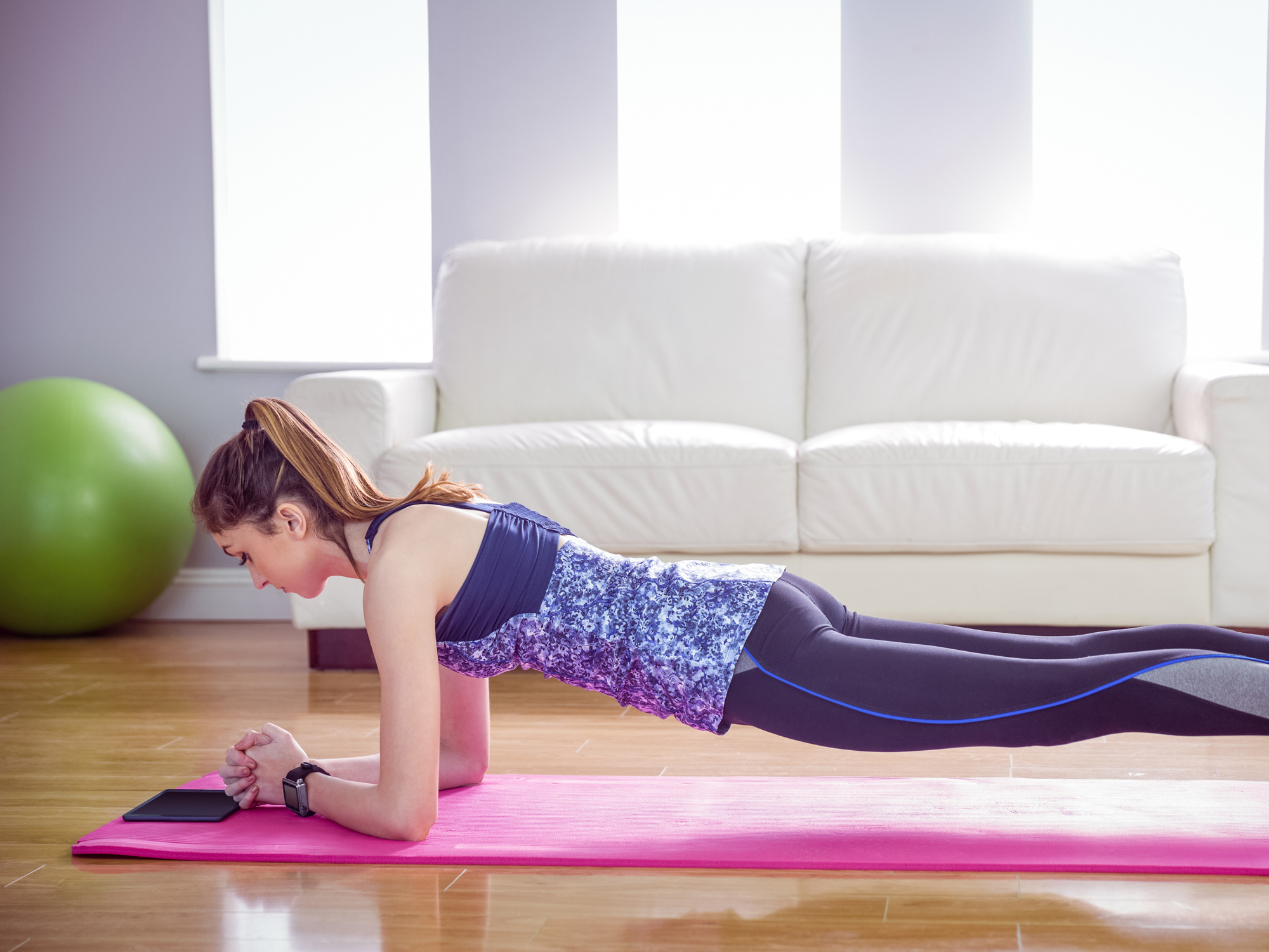 One minute to a flatter belly and less back pain