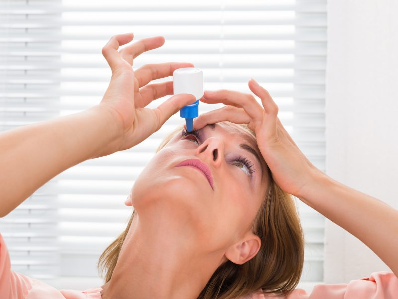 5 Ways To Beat This Sneaky Cause Of Dry Eye - Easy Health -2092