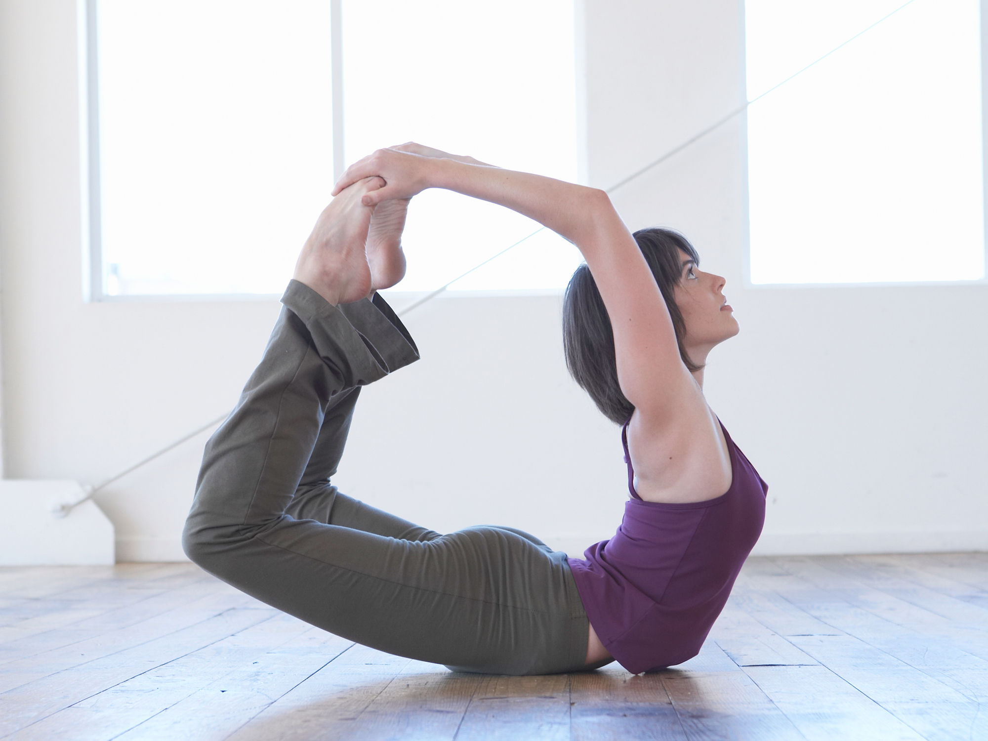 Bow pose helps you bow out of pain - Easy Health Options®