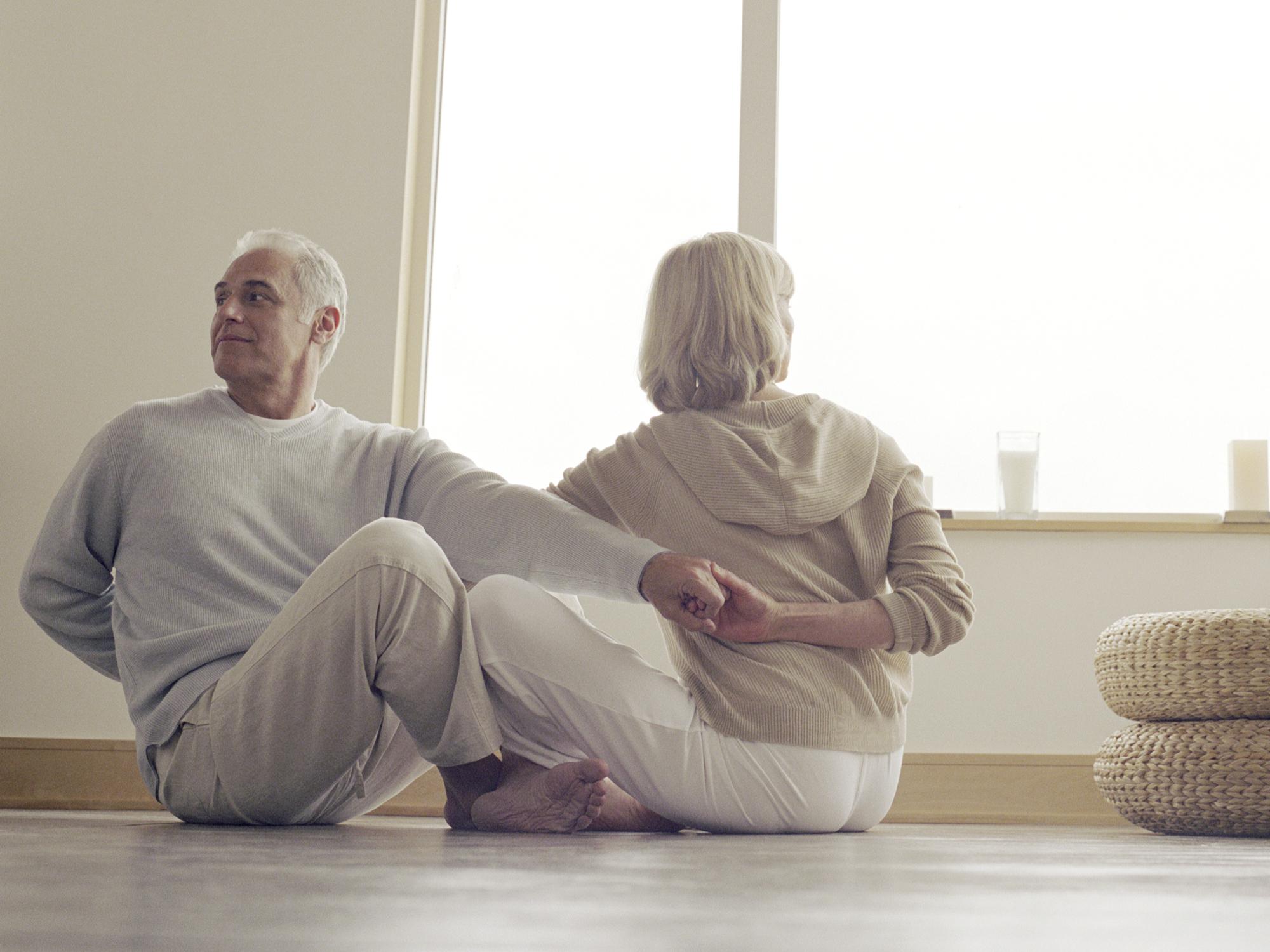 3 simple partner shoulder stretches