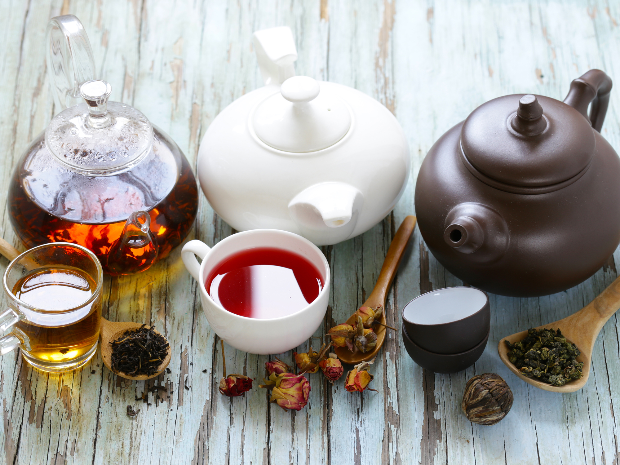 9 herbal teas to help tame your tummy, blood sugar, cholesterol and sleep problems