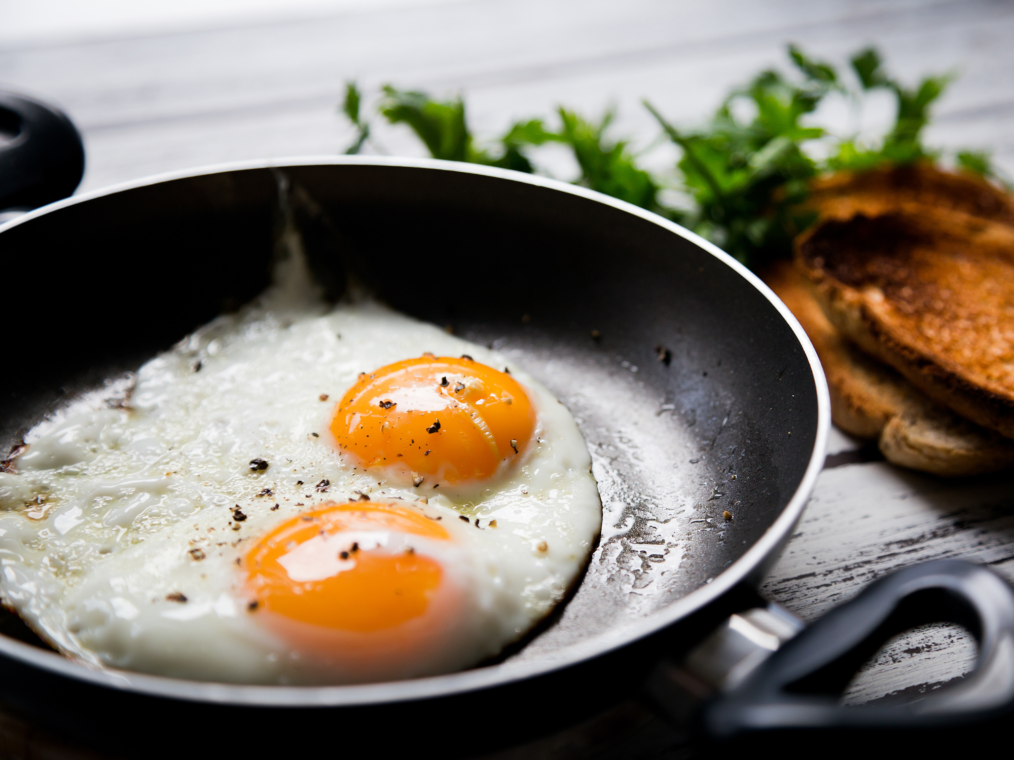 Eggs and cholesterol back in the spotlight in new JAMA study