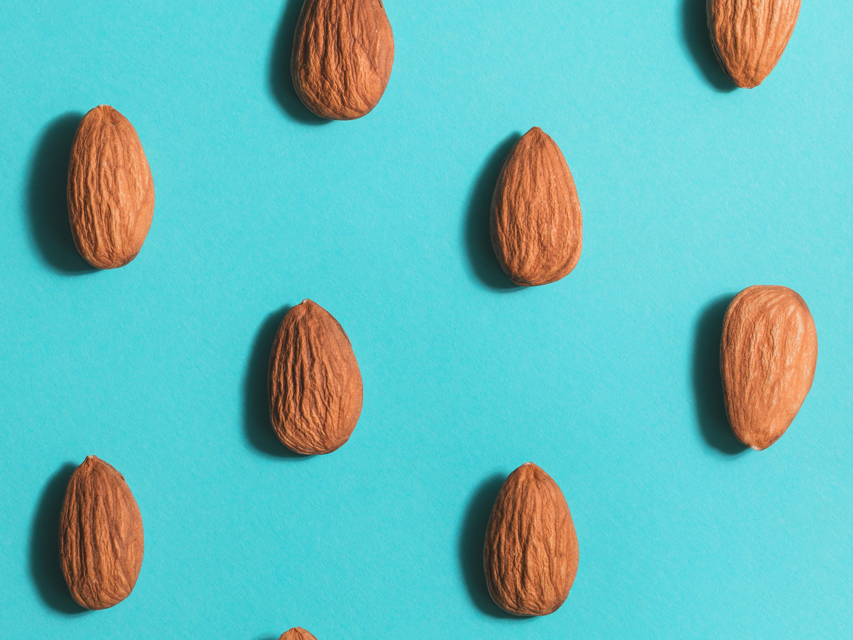 5 reasons almonds are the world's most nutritious (and helpful) food
