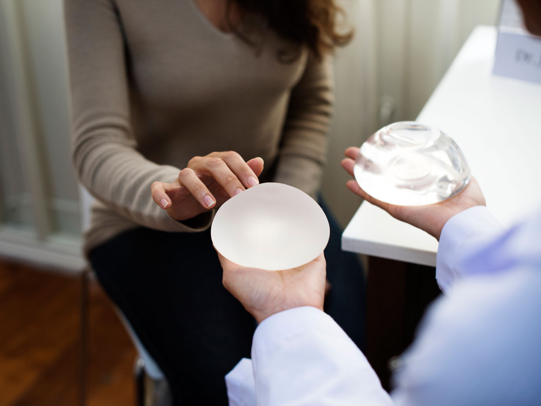 A Rare Cancer Caused By Breast Implants - Easy Health Options-1335