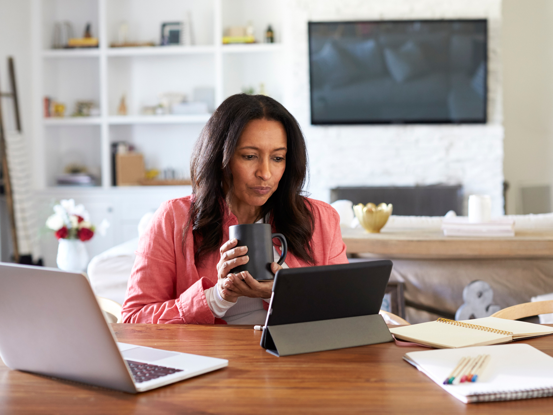 Is too much screen time making you age faster?