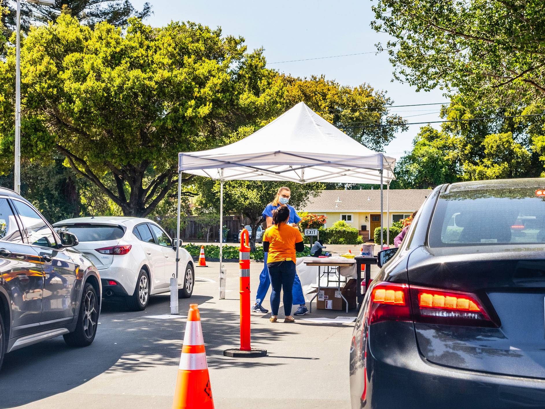 How drive-thru coronavirus testing works and where you can get it done