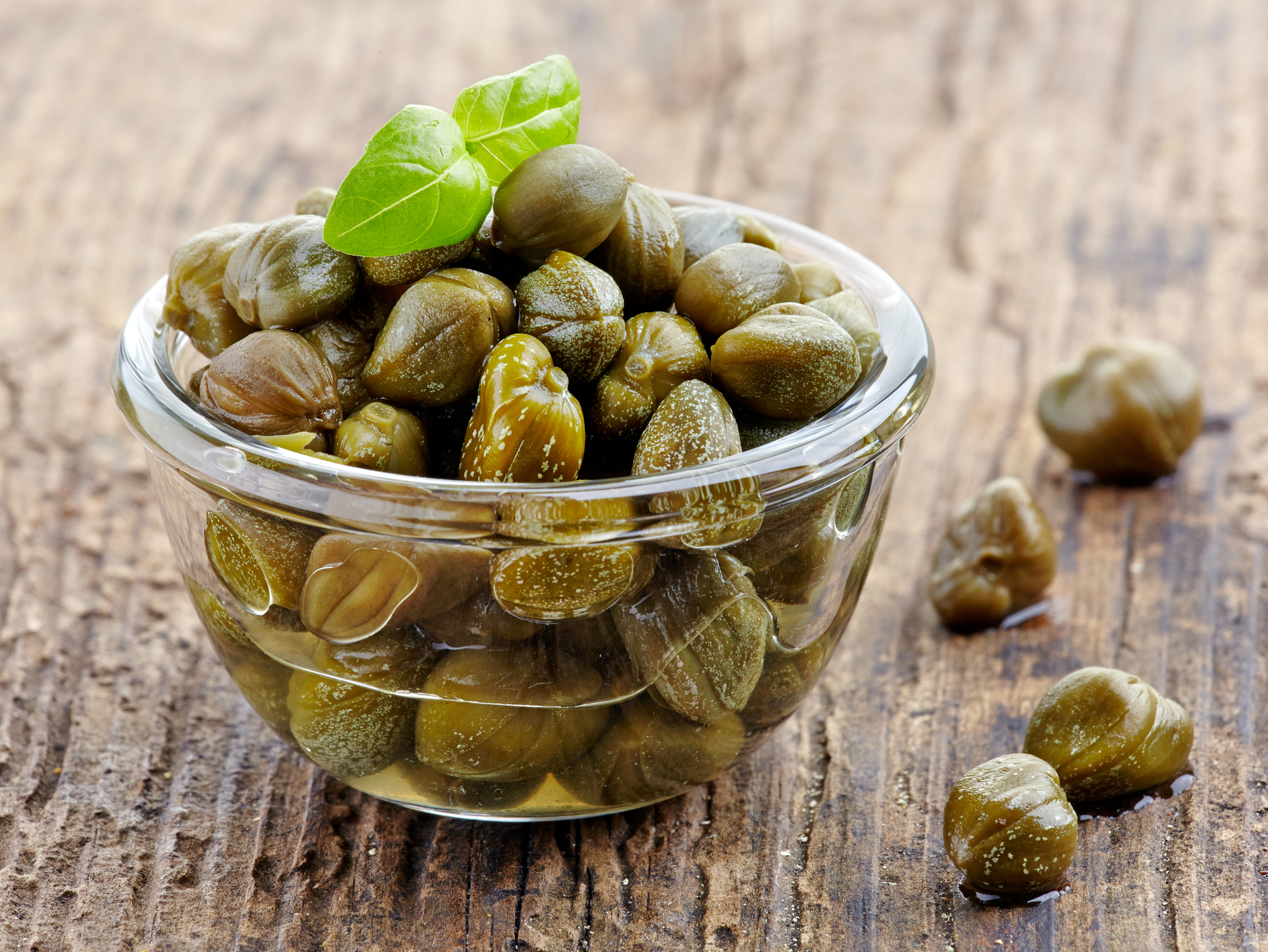 2 excellent reasons to go crazy for capers