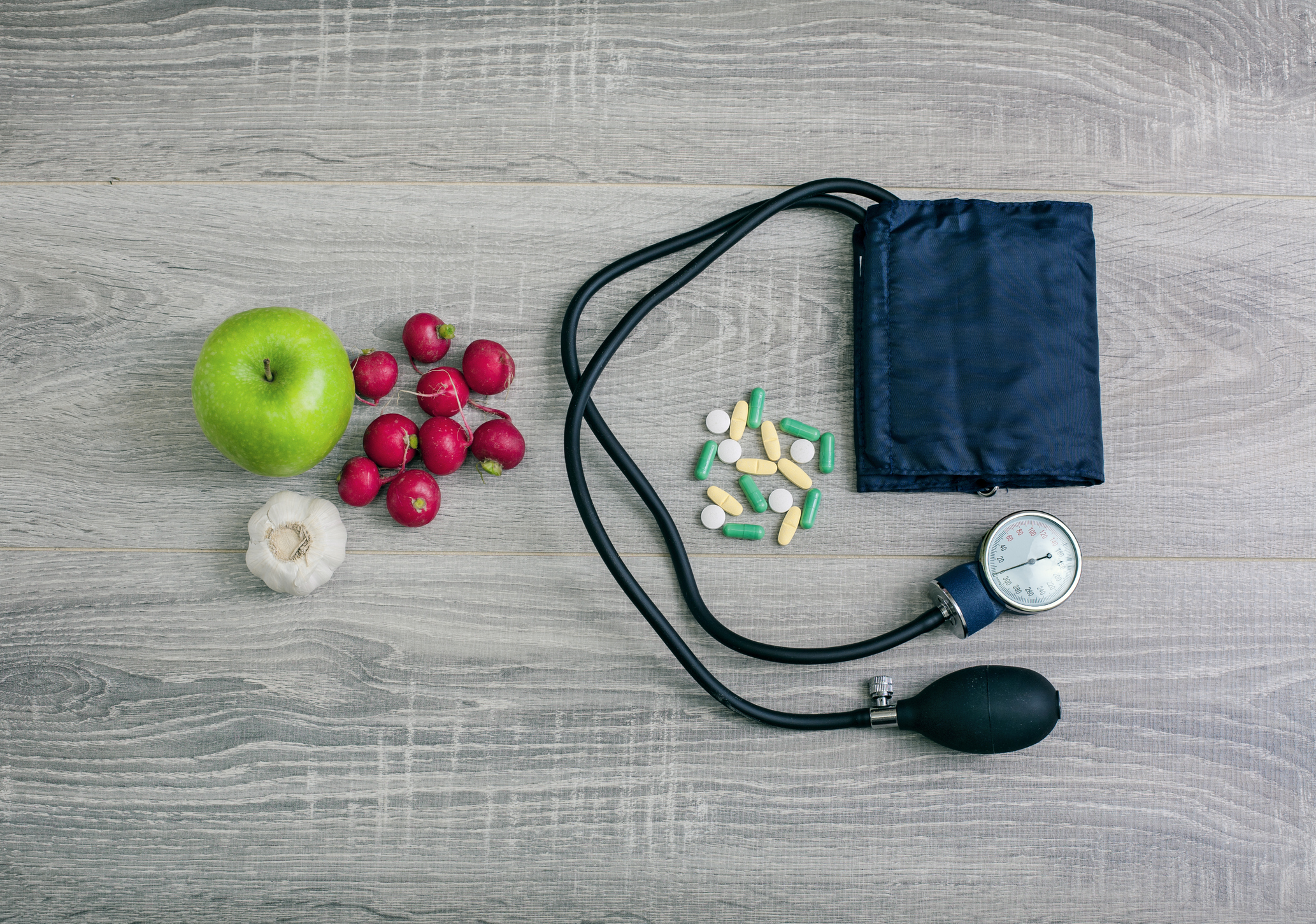 Choose fruits with flavanols to lower blood pressure