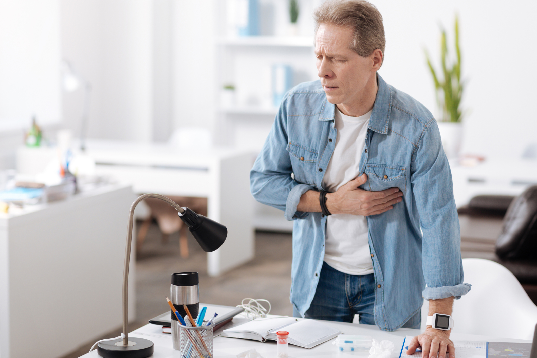Fast action after these heart attack symptoms can save your life