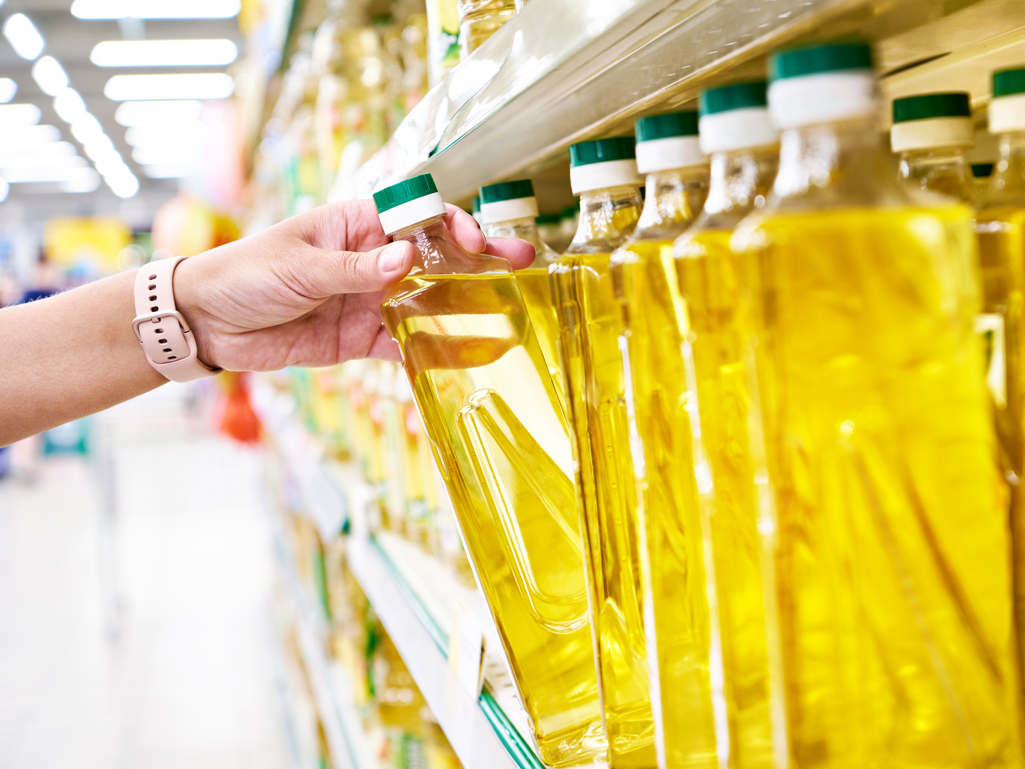 How vegetable oil could trigger your migraine pain