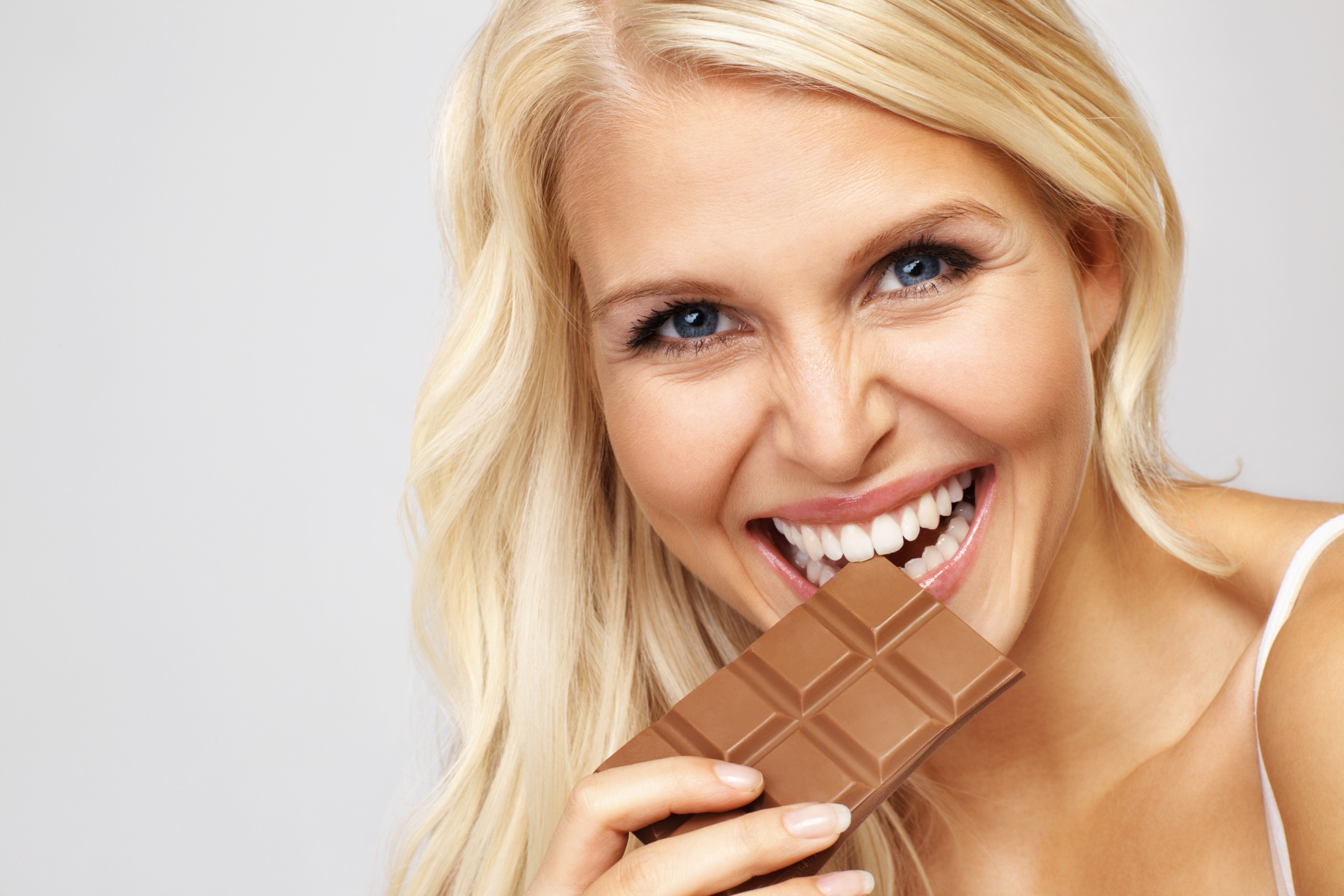 When eating milk chocolate can help curb your appetite