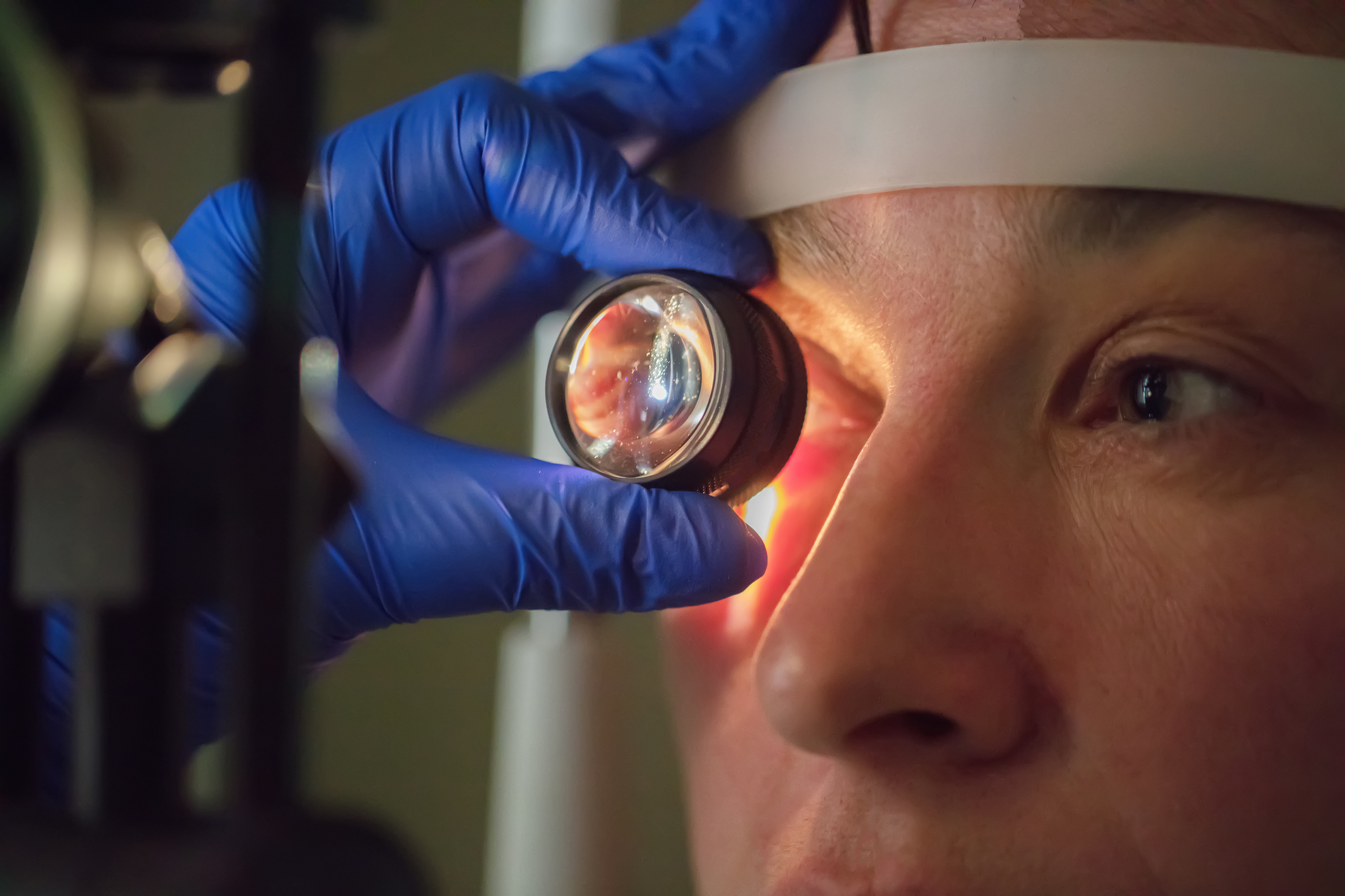 Why your eyes are a window to your heart attack risk